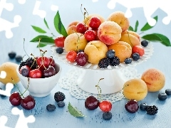 blackberries, composition, cherries, blueberries, peaches