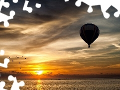 Boats, Balloon, west, sun, clouds, sea